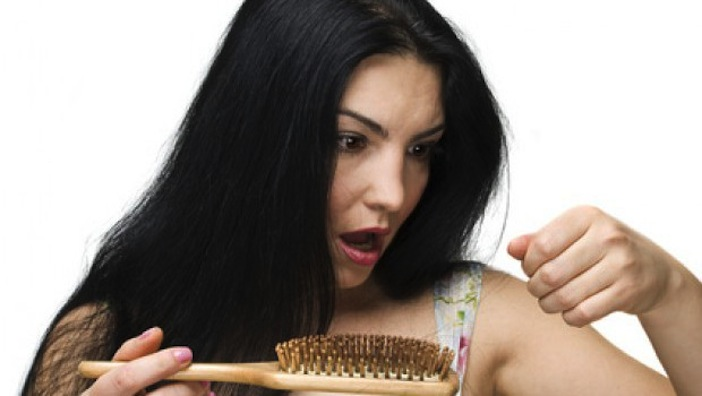 Haarausfall bei Frauen hilfe